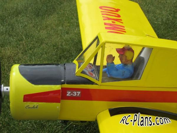 download free plans rc airplane Zlin Z-37