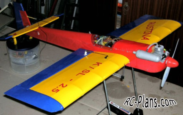 rc airplane Kiravi