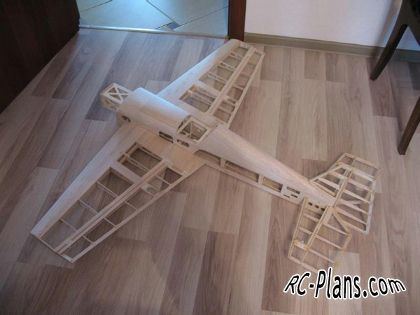 Free plans for rc airplane MXS 30 EP