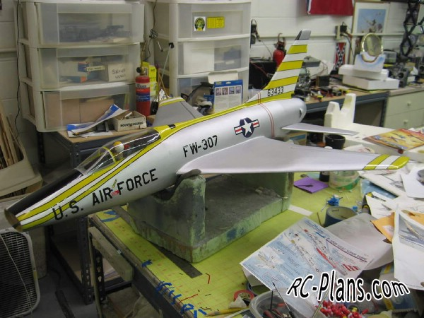 Free plans for foam rc airplane F-100