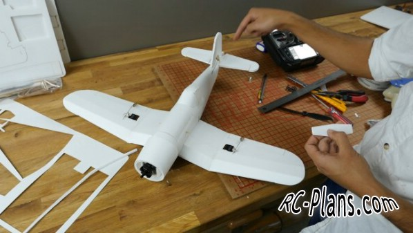 free plans rc airplane FT Mighty Mini Corsair