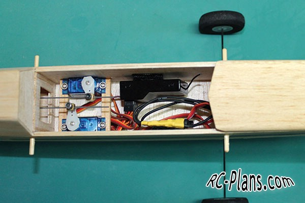 Free plans for balsa rc airplane Old School