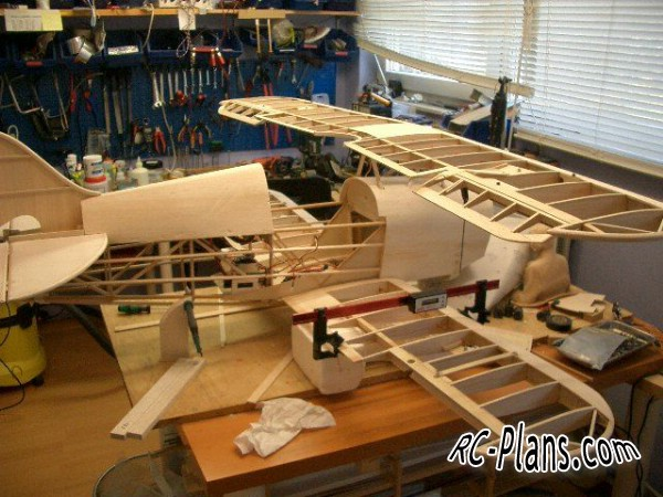 Free plans for balsa rc biplane Pitts Special S1