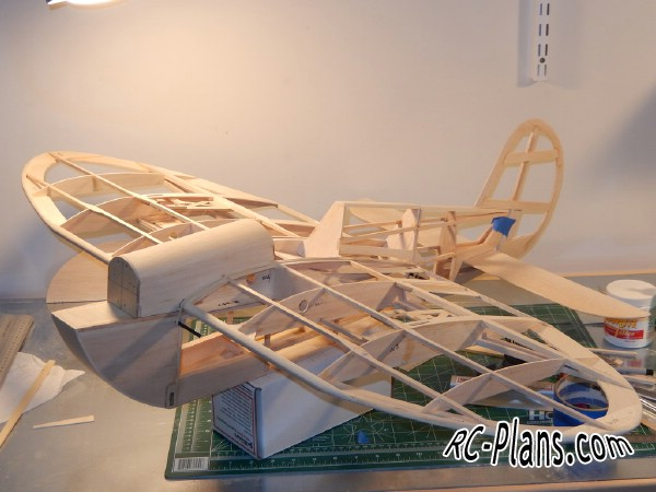 Free plans for balsa rc airplane Speedy Bee