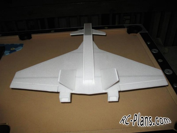 Free plans for foam rc airplane X-42 Deltastorm