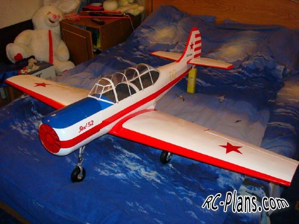 Free plans for balsa rc airplane Yak-52