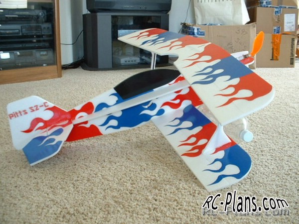 Free plane rc model 3D Foamy Pitts S2C