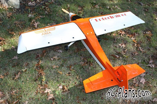 Free plans of RC aerobatic traner EnterTrainer